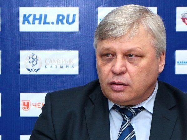 Главный тренер ХК Югра Павел Езовских