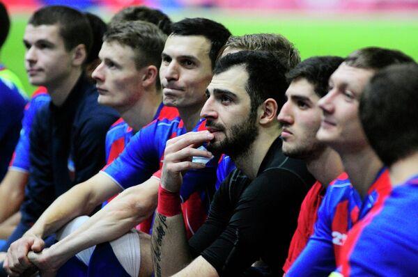Футболисты Енисея