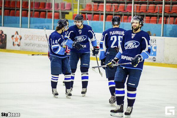 Хоккеисты Бурана