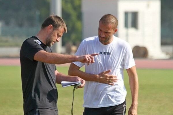 Георги Пеев (справа)