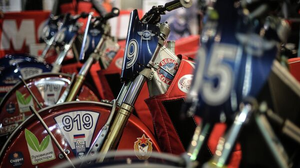 Мотоциклы в боксе