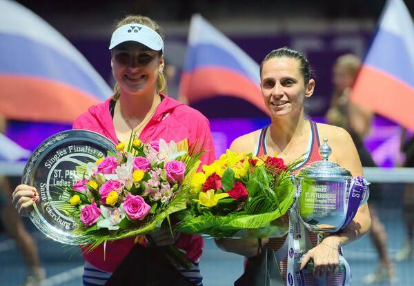 Белинда Бенчич и Роберта Винчи (слева направо)