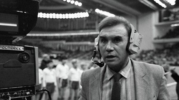 Спортивный комментатор Владимир Маслаченко
