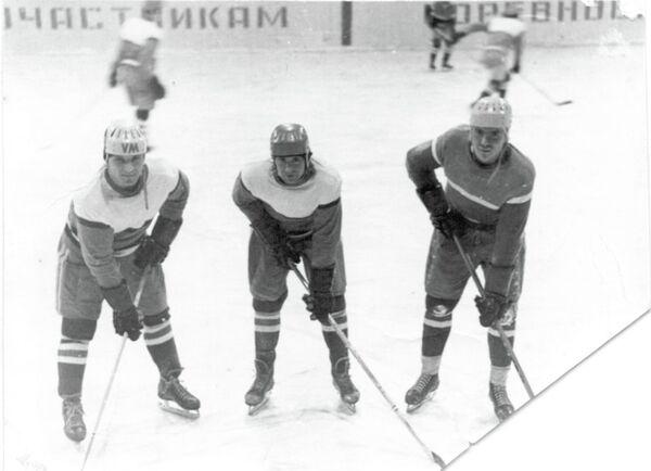 Слева направо: Геннадий Першин, Сергей Граудин, Владимир Пивоваров, 1975 год