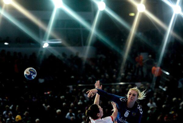 Игровой момент матча Россия - Польша