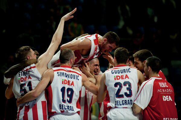 Баскетболисты сербской Црвены Звезды