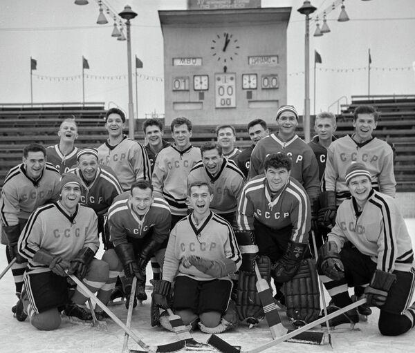Сборная СССР по хоккею с шайбой