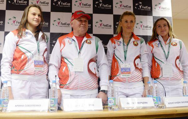 Сборная Белоруссии по теннису: Арина Соболенко, Эдуард Дубров, Ольга Говорцова и Александра Саснович (слева направо)