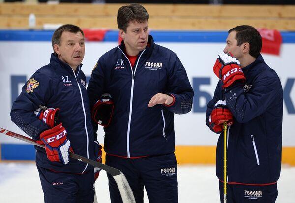 Олег Знарок, Харийс Витолиньш и Илья Воробьев (слева направо)
