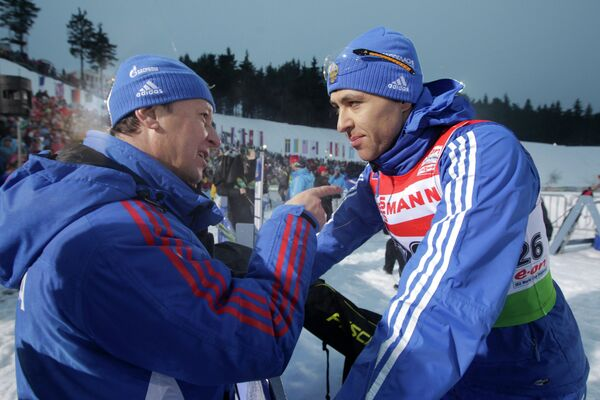 Валерий Медведцев и биатлонист Андрей Маковеев (слева направо)