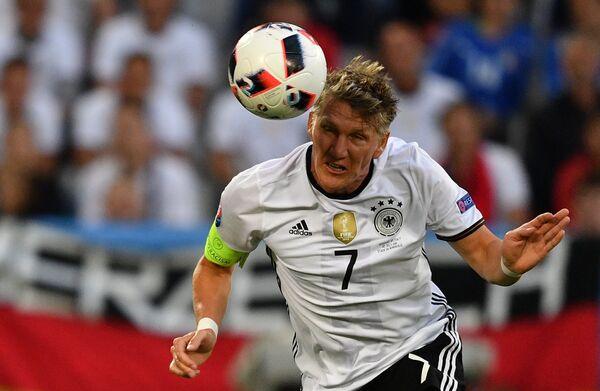 Полузащитник сборной Германии Бастиан Швайнштайгер