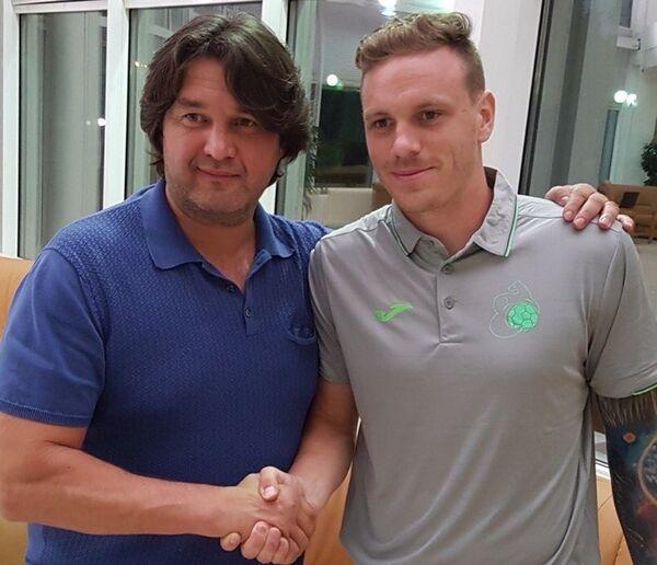 Ондржей Ванек (справа)
