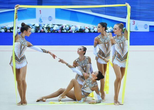 Спортсменки сборной Италии по художественной гимнастике