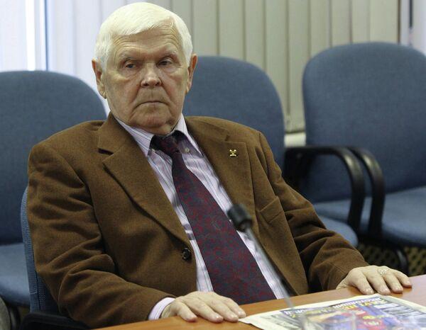 Ветеран футбола Анатолий Исаев