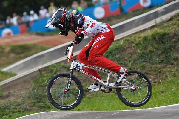 Ярослава Бондаренко на чемпионате России по велоспорту BMX в Москве